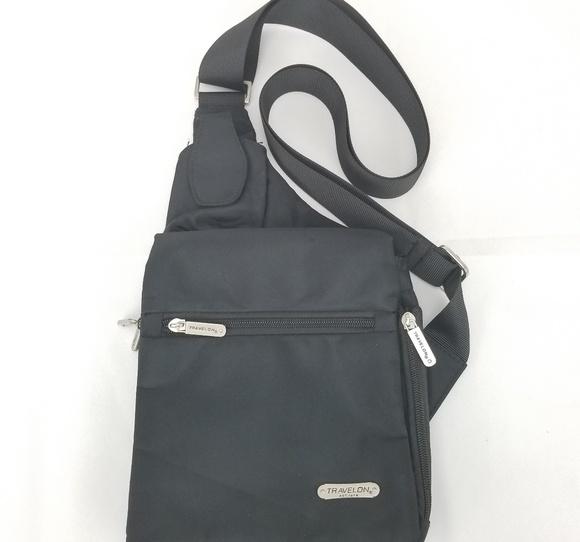 Travelon Anti-Theft Classic Crossbody Bag RFID. M 5b7ca258035cf18a3c7c00cd f0fedd299a